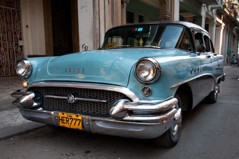 Buick Eight in the streets of Trinidad